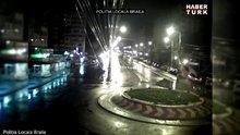 Direksiyonda uyuyakalan sürücü kaldırıma çarpıp havaya uçtu!