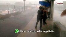 Metrobüs bekleyen yolcular doluya tutuldu