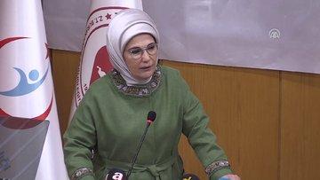 Emine Erdoğan: Sezaryen oranını indirmek için seferberlik başlatmalıyız