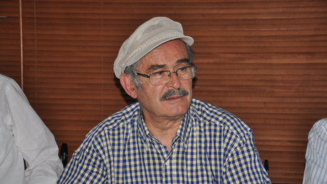 Yılmaz Büyükerşen'e saldırı girişimi güvenlik kamerasında