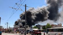 Antalya'da yangın! Festival Çarşısı tahliye edildi