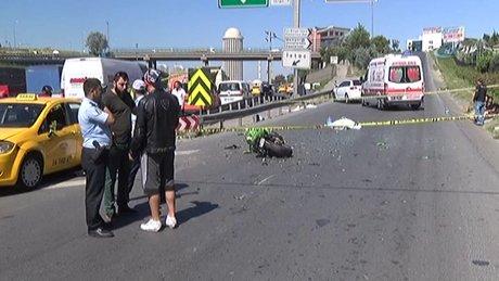 TEM otoyolunda ticari taksi motosiklete çarptı : 1 ölü, 1 yaralı
