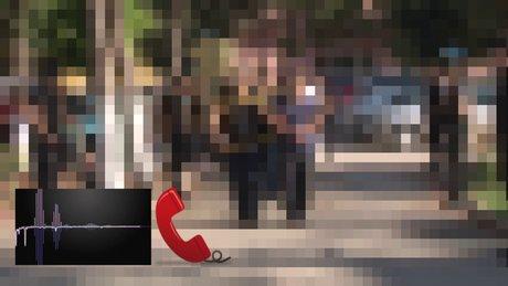 Yaşlı kadın, pişkin telefon dolandırıcılarına böyle ders verdi