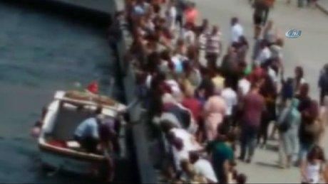 Denize düşen kadını vatandaşlar böyle kurtardı