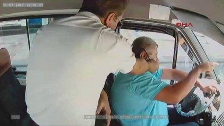 Minibüs şoförüne saldırı araç kamerasında