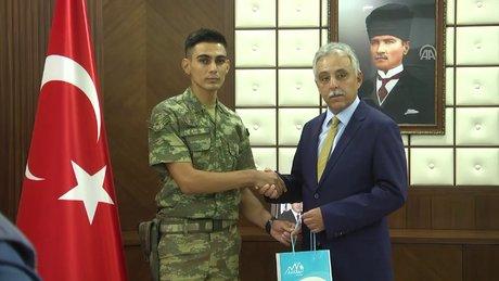 Cumhurbaşkanı Erdoğan'dan askere yeni telefon