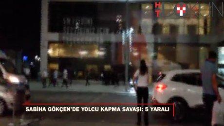 Sabiha Gökçen Havalimanı'nda bıçaklı yolcu kapma kavgası: 5 yaralı