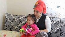2 yaşındaki cam kemik hastası İlknur tedavi için Ankara'ya götürülecek