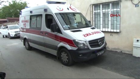 Üsküdar'da cinnet getiren baba 2 çocuğunu öldürüp kayıplara karıştı