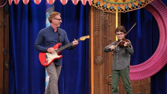 Paul ve Eren Güldüy Güldüy Show Çocuk sahnesinde!