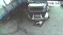 Uyurken üzerinden kamyonet geçti!