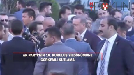 AK Parti'den 16. kuruluş yıldönümüne görkemli kutlama