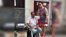 Deniz Seki, sokak müzisyeniyle düet yaptı