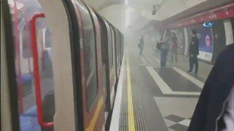 Londra'da metro istasyonunda yangın