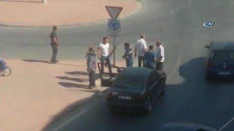 Trafikte tartıştı av tüfeğiyle ateş etti