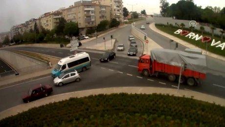 Emniyetten sürücülere videolu uyarı