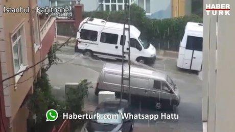 İstanbul şiddetli yağmura teslim oldu