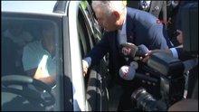 Başbakan Yıldırım, polis ve vatandaşlarla bayramlaştı