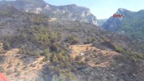 Muğla'da yanan alanlar havadan görüntülendi
