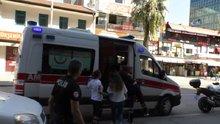 Vatandaşlar, intihardan vazgeçirdikleri genç kızı kaçmasın diye odaya kilitlediler