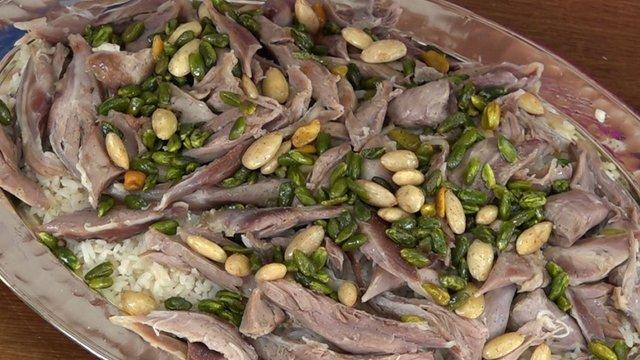 49 saniyede Etli Fıstıklı Pilav