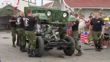3 dakikada jeep parçalayıp topladılar!