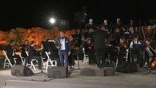 İzmir Devlet Senfoni Orkestrası 'Erik Dalı Gevrektir' çaldı