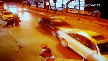 Kalp krizi geçiren öğretim üyesi önce arabaya sonra adama çarptı