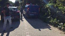 Muğla'da aranan 2 teröristten biri kıstırıldığı evde kendisini patlattı
