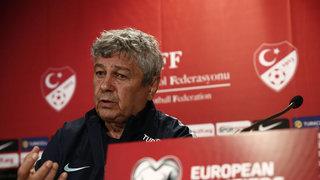 Lucescu: Milli takımda oynayacak futbolcu bulmak zor