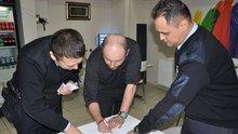 Bursa'da bir kişi bulduğu 10 bin lirayı polise teslim etti