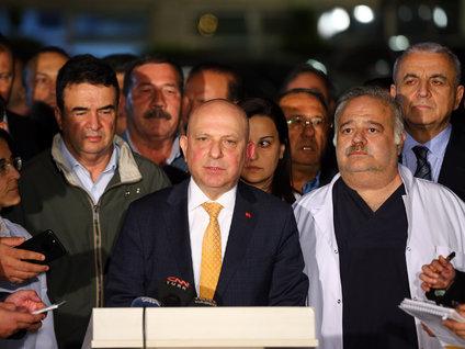 Rektör İbiş Deniz Baykal'ın son sağlık durumunu açıkladı