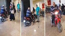 Hastaneye motosikletiyle girdi!