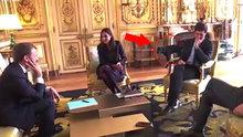 Macron'un köpeği toplantı sırasında çişini yaptı!