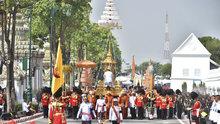 Tayland eski kralına ağlıyor! 1 yıllık yasın ardından 5 günlük cenaze töreni...