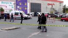 Bayrampaşa'da bir alışveriş merkezinin yakınında şüpheli araç paniği