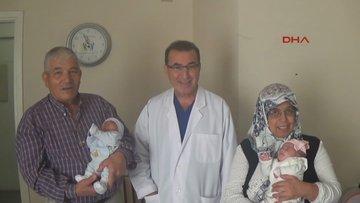 Antalya'da 56 yaşında ikiz bebek sevinci