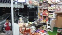 Suriyelilerin ev ve işyerlerine taşlı, sopalı saldırı