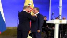Rusya Lideri Putin'den Eski Bakan Çağlar'a anlamlı ödül