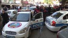 Ankara'da polisten kaçan şüphelilerin kullandığı araç polise çarptı