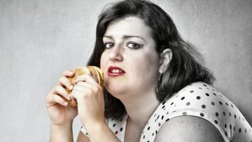 Geceleri yemek ne kadar zararlı?