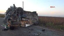 Şanlıurfa'da minibüs ile otomobil çarpıştı: 2 ölü, 18 yaralı