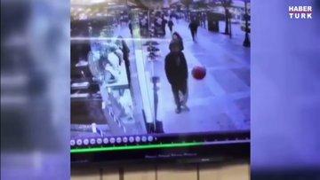 Balona rövaşata çeken adam