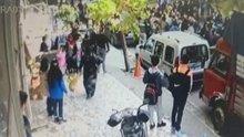Liselilerin sopalı kavgası kamerada