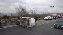 TEM Otoyolu'nda minibüs devrildi