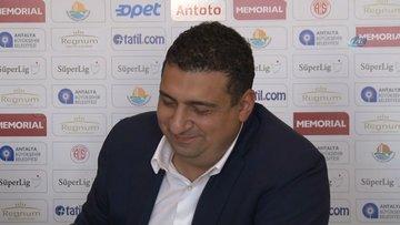 Antalyaspor başkanı Ali Şafak Öztük toplantıyı gözyaşlarıyla terk etti