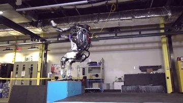 Boston Dynamics'in Atlas robotu ters takla atabiliyor!