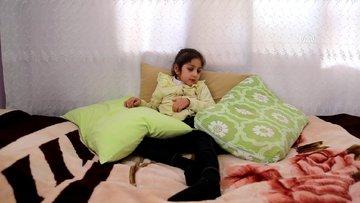 Suriyeli çocuk teşhis konulamayan hastalık yüzünden eriyor