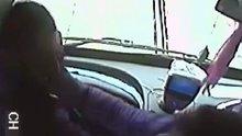 Bursa'da yolcu otobüsü şoförü darp edildi