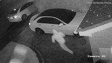 Hırsızlar  lüks aracı saniyeler içinde çaldı
